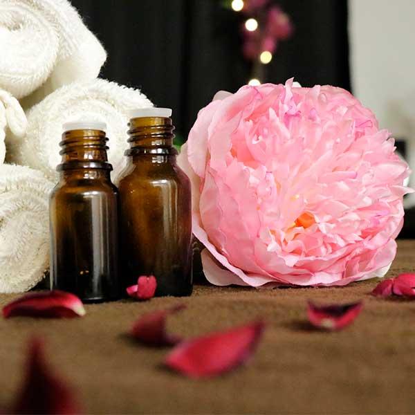 Aceites-esenciales-para-dormir-rosa-y-valeriana