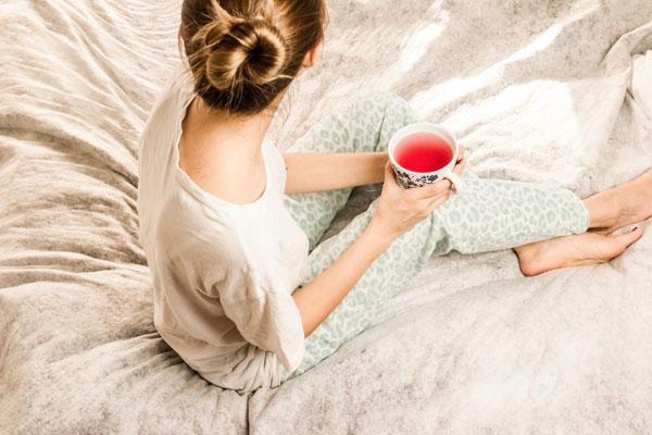 7 aceites esenciales para la menopausia y los sofocos