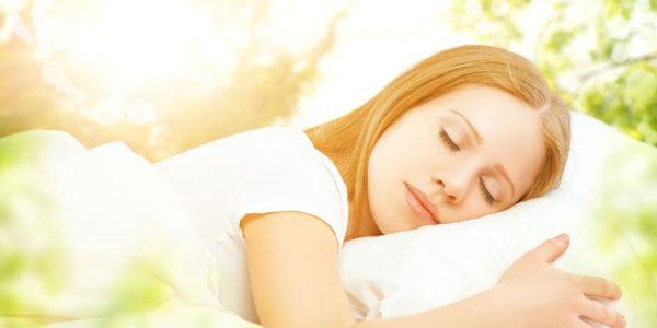 Dormir más y mejor! 3 aceites esenciales que pueden ayudar